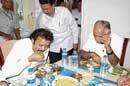 Sriramulu, CM meet in Naragund