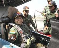 Prez trades sari for G-suit, flies fighter
