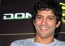 Farhan Akhtar to bond with Hrithik, Abhay in sister's film
