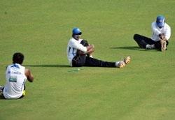 Sri Lanka opt to bat against India in third Test