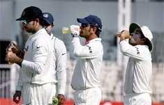 Dilshan, Pranavitana give Sri Lanka a brisk start