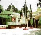 Forgotten Zafar, neglected descendants