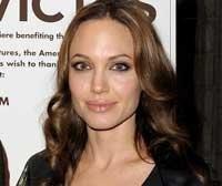 Angelina feels just like any ordinary mother