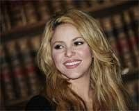 Shakira calls for universal education in Oxford speech