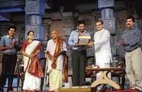 Tuluvas hardworking: Sunil Shetty