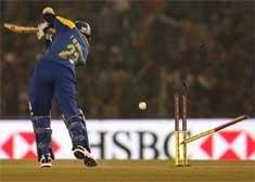 Lanka set India a stiff target of 207