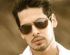 Dino Morea plans to tie the knot