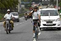 Bicycle rally for green message