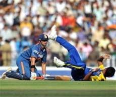 India elect to bat in 2nd ODI
