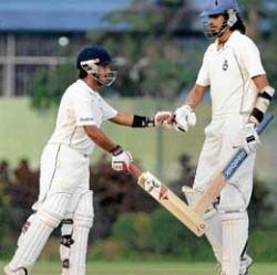 Delhi enter quarterfinals