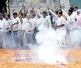 Congress-JD(S) tie-up arrests BJP's advance