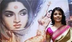 Rani Mukherji, Prakash Raj win V Shantaram awards