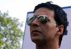 Nikhil Advani hunts for junior Akshay Kumar