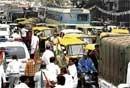 Traffic snarls in City