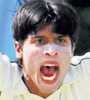 Aamer's injury sets Pak back
