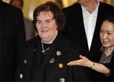 Susan Boyle edges past MJ on musical charts