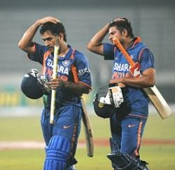 India aim for final spot but have to upstage rampaging Lankans