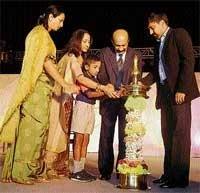 'Instill spirit of Vishwamanava in children'