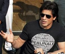 I work only to make you happy: Shah Rukh Khan