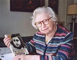 Miep Gies, who helped hide Anne Frank, dies at 100