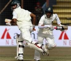 Bangladesh all out for 242 against India