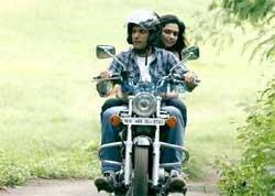 For 'Karthik Calling Karthik' Farhan Akhtar learnt to ride a bike