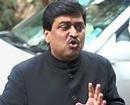 Poll panel slaps notice on Chavan over paid news