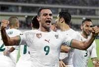 Battling Algeria dump Ivory Coast