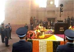 PM pays tribute at Amar Jawan Jyoti