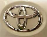 Sales shutdown rocks Toyota, recall broadens