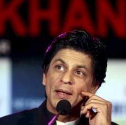 Shah Rukh inaugurates his home theatre with 'Rann'