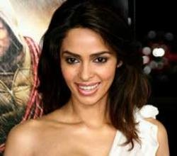 Mallika Sherawat bags role opposite 'Avatar' star Laz Alonso