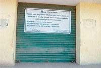 Officials lock paddy/jowar purchase centre