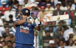 India set S Africa 299 to win first ODI