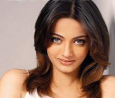 Comparing me to Aishwarya Rai was unfair: Sneha Ullal