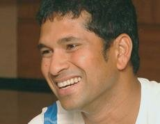 Sachin is the 'real hero', says Bollywood