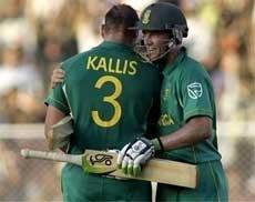 Kallis, De Villiers guide S Africa to consolation win