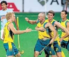 India fail to clear Aussie hurdle