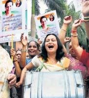 Cong seeks to give credit to Sonia for Women's Bill