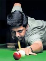 Manudev to face Manan in quarters