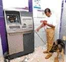 Bank bandits cash in on lax security