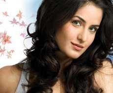 Overworked Katrina collapses on sets of 'Tees Maar Khan'