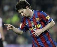 Barcelona brush aside Bilbao to return to top