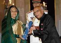 President presents Padma awards