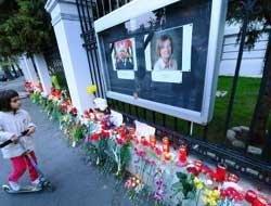 Tears on the streets for Poland's tragic president