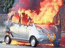Owner of Nano that caught fire seeks Rs 15 lakh from Tatas