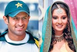 Fatwa scare forces Shoaib to move out of Sania house
