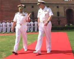 US Navy chief arrives on 6-day visit