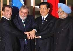 PM pitches for close cooperation among BRIC nations