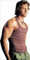 Hrithik turns singer
